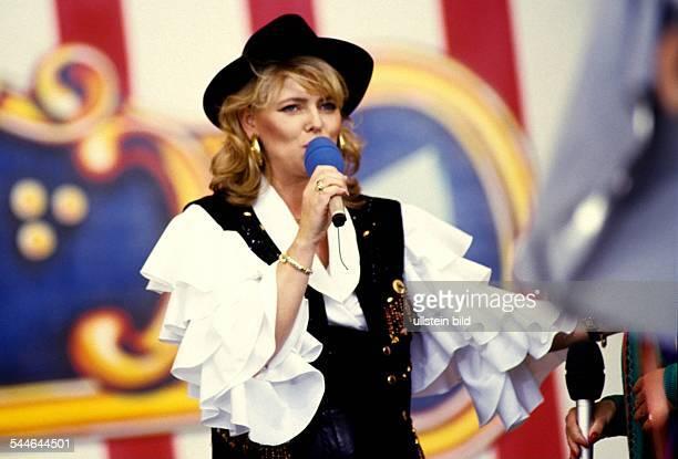 Eva Herman Presenter Germany performing 1993