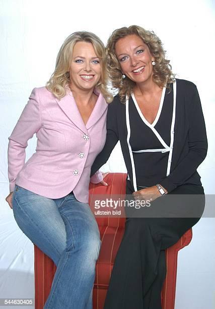 Eva Herman und Bettina Tietjen Moderatorinnen der NDRTalkshow Herman Tietjen