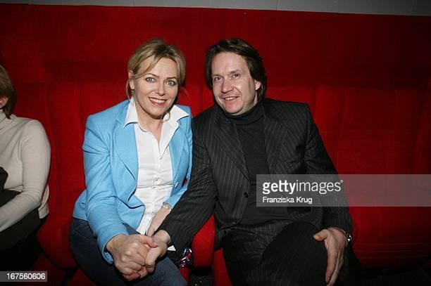 Eva Herman Und Ehemann Michael Bischoff Bei Der Vorführung Von Eine Unbequeme Wahrheit Im Abaton In Hamburg