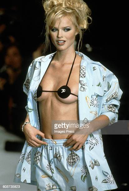 Eva Herzigova at the Chanel Spring 1996 show circa 1995 in Paris, France.