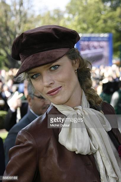 Eva Herzigova attends the Grand Prix de l'Arc de Triomphe world contest of gallop horses at Longchamp on October 2 2005 in Paris France