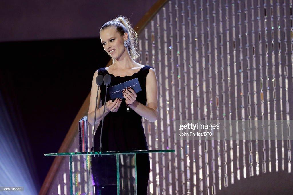 The Fashion Awards 2017 In Partnership With Swarovski - Show