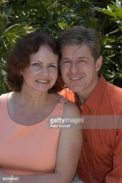 Eva Kummeth Ehemann Horst Hummeth Homestory am Rande der Dreharbeiten zum ZDFFilm FloridaTräume Fort Myers USA Amerika Urlaub verliebt PNr 993/2005...