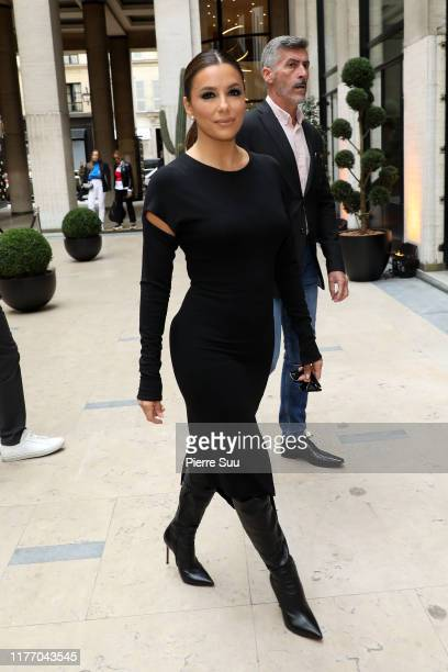 Eva Longoria arrives at the Guy Laroche Womenswear Spring/Summer 2020 show as part of Paris Fashion Week on September 25 2019 in Paris France