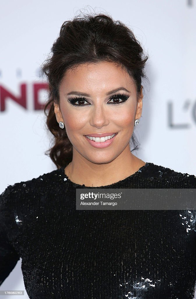 Eva Longoria attends Telemundo's Premios Tu Mundo Awards at American Airlines Arena on August 15, 2013 in Miami, Florida.