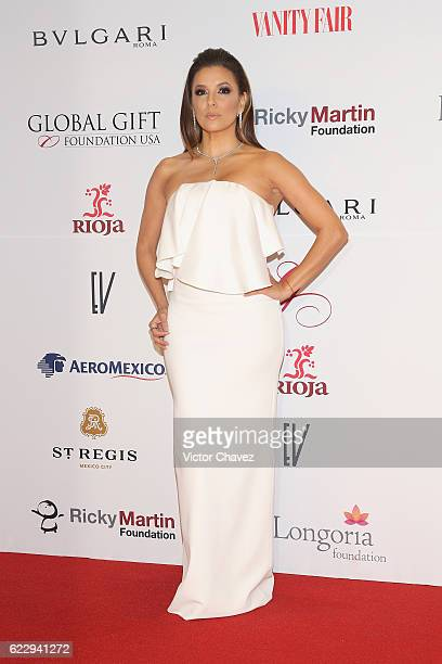 Eva Longoria attends the Global Gift Gala Mexico City at Torre Virrelles on November 12, 2016 in Mexico City, Mexico.