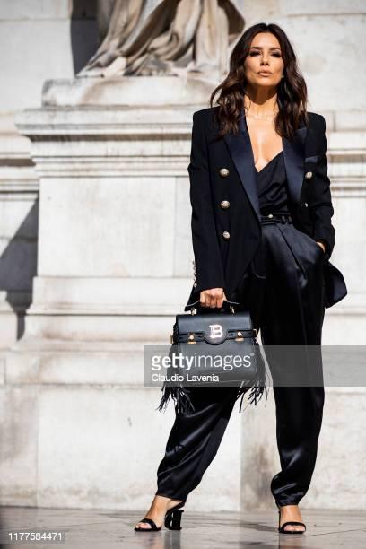 Eva Longoria is seen outside the Balmain show during Paris Fashion Week - Womenswear Spring Summer 2020 on September 27, 2019 in Paris, France.