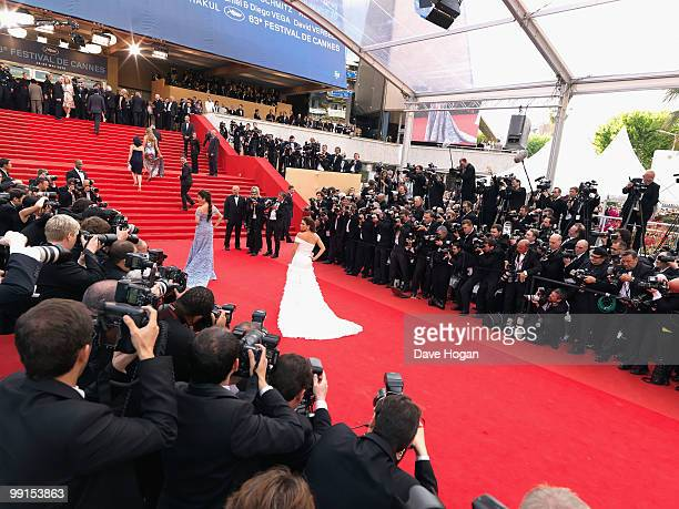 Eva Longoria Parker attends the Robin Hood Premiere at the Palais des Festivals during the 63rd Annual Cannes International Film Festival on May 12,...