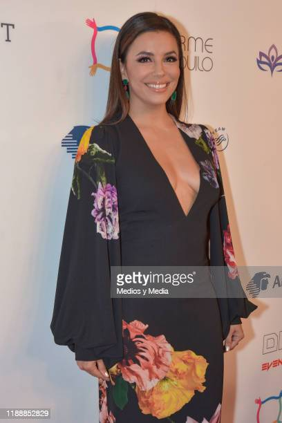 Eva Longoria poses for photos during a red carpet of the The Global Gift Foundation gala at Hotel St Regis on November 19 2019 in Mexico City Mexico