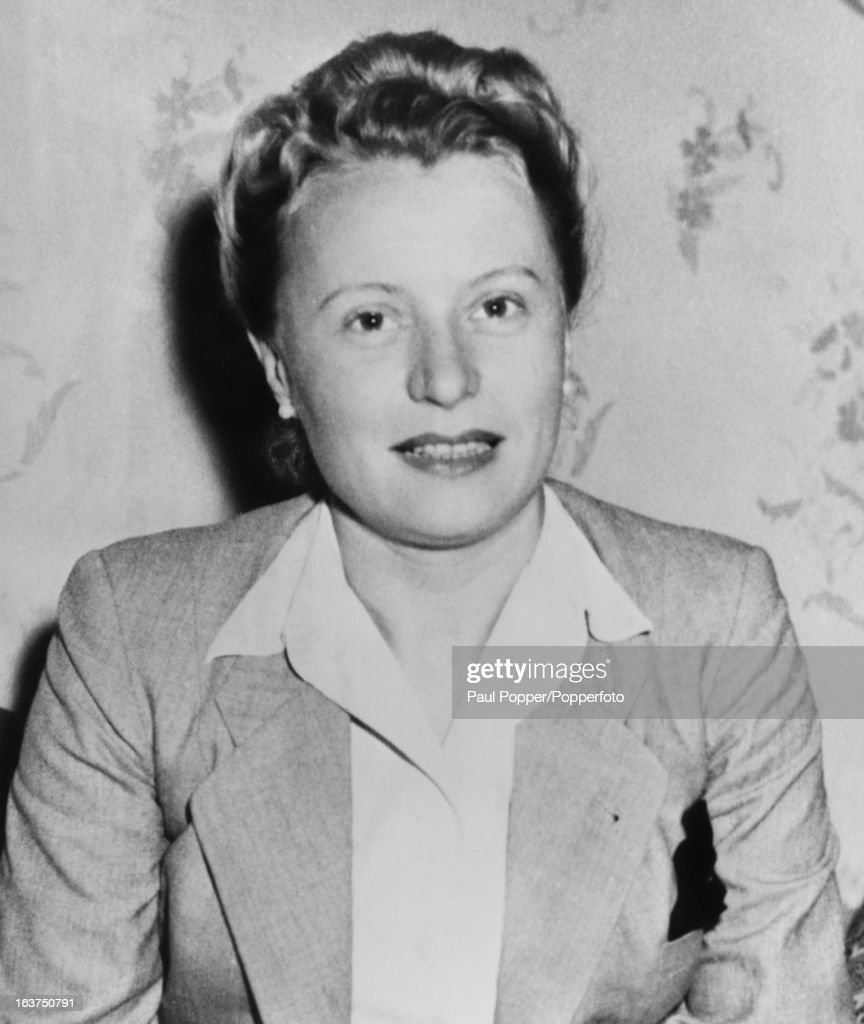 Eva Margarete von Blomberg , nee Erna Gruhn, the widow of