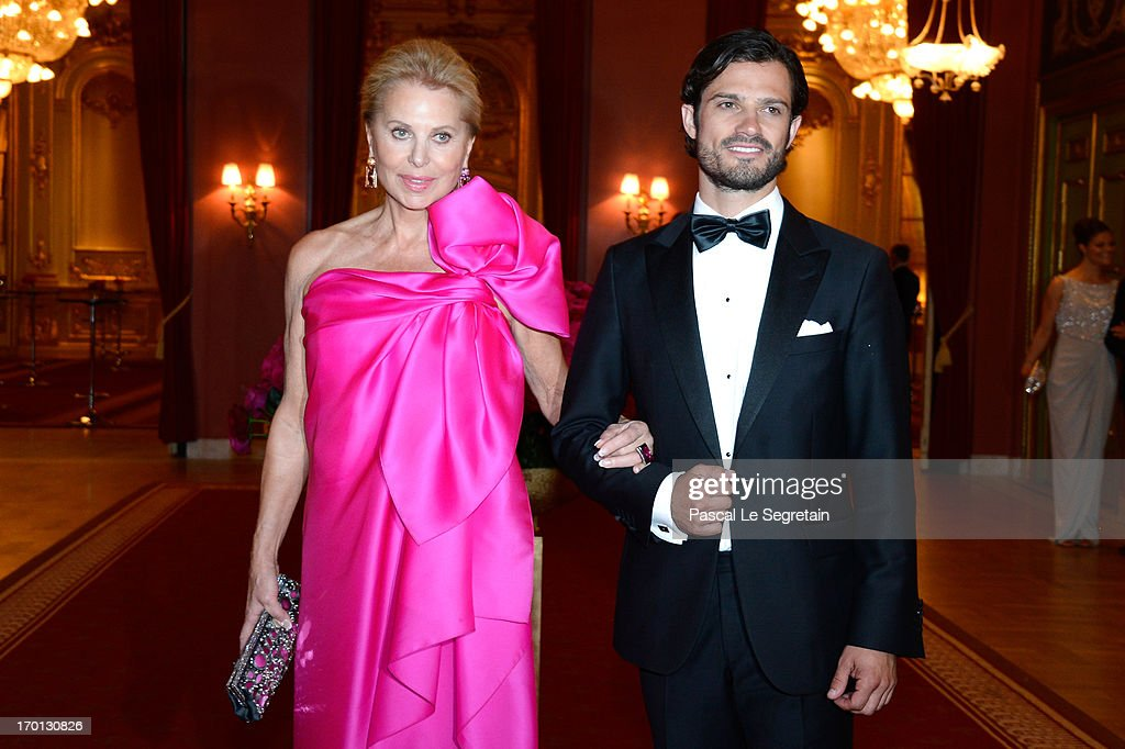 King Carl XVI Gustaf of Sweden & Queen Silvia Of Sweden Host A Private Dinner Ahead Of The Wedding Of Princess Madeleine & Christopher O'Neill - Inside Arrivals : News Photo