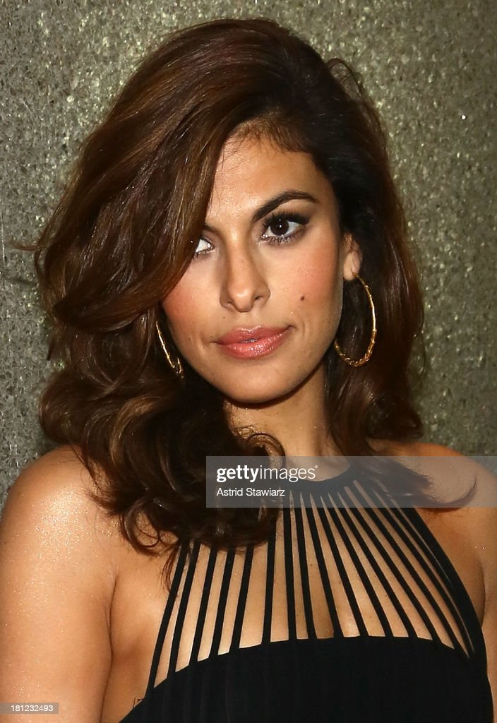 Eva Mendes attends 2013 Icons Of Style Gala at Mandarin Oriental Hotel on September 19, 2013 in New York City.