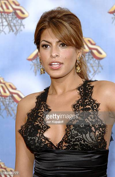 Eva Mendes during 2005 MTV Movie Awards Arrivals at Shrine Auditorium in Los Angeles California United States