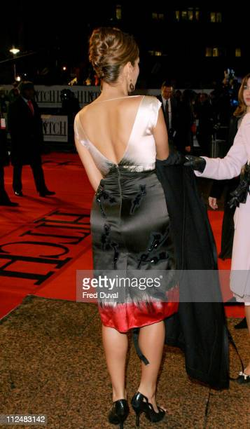 Eva Mendes during 'Hitch' London Premiere Arrivals at Odeon Leicester Square in London Great Britain