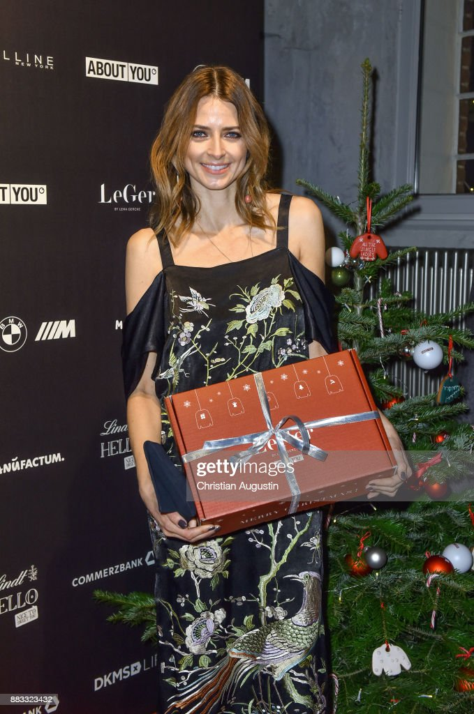 Eva Padberg attends the Christmas Dinner Party of Lena Gercke at the Bar Hygge on November 30, 2017 in Hamburg, Germany.