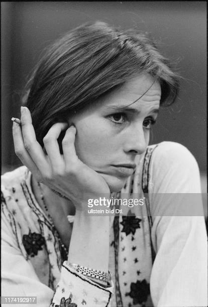 Eva Renzi actress 1973