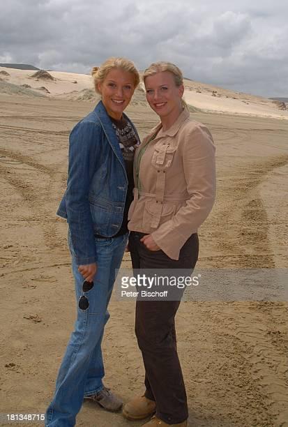 "Eva-Maria Grein , Eva Habermann, Dreharbeiten zur ZDF-Reihe ""Kreuzfahrt ins Glück"", Folge 2: ""Hochzeitsreise nach Neuseeland"", ""90-Miles-Beach"",..."