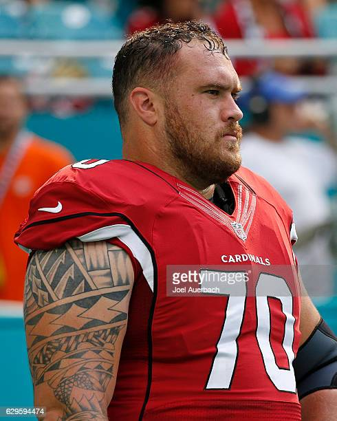 Evan Boehm of the Arizona Cardinals warms up prior to the game against the Miami Dolphins on December 11 2016 at Hard Rock Stadium in Miami Gardens...