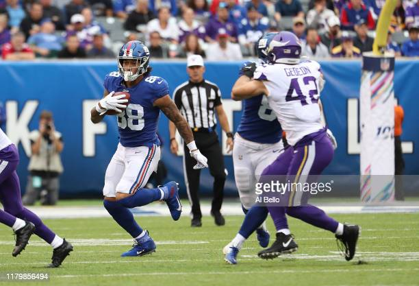 Evan Engram of the New York Giants in action against the Minnesota Vikings during their game at MetLife Stadium on October 06 2019 in East Rutherford...