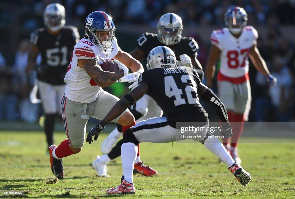 New York Giants v Oakland Raiders : ニュース写真