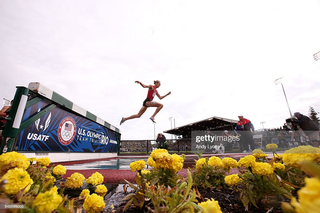 Evan Jager competes on his way to placing first in the Men's 3000 Meter Steeplechase Final during the 2016 U.S. Olympic Track & Field Team Trials at Hayward Field on July 8, 2016 in Eugene, Oregon.