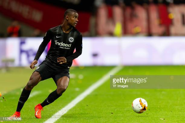 Evan N'Dicka of Eintracht Frankfurt controls the ball during the UEFA Europa League Round of 16 First Leg match between Eintracht Frankfurt and FC...