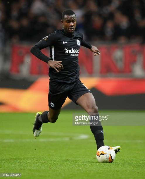 Evan N'Dicka of Frankfurt controls the ball during the UEFA Europa League round of 32 first leg match between Eintracht Frankfurt and FC Red Bull...