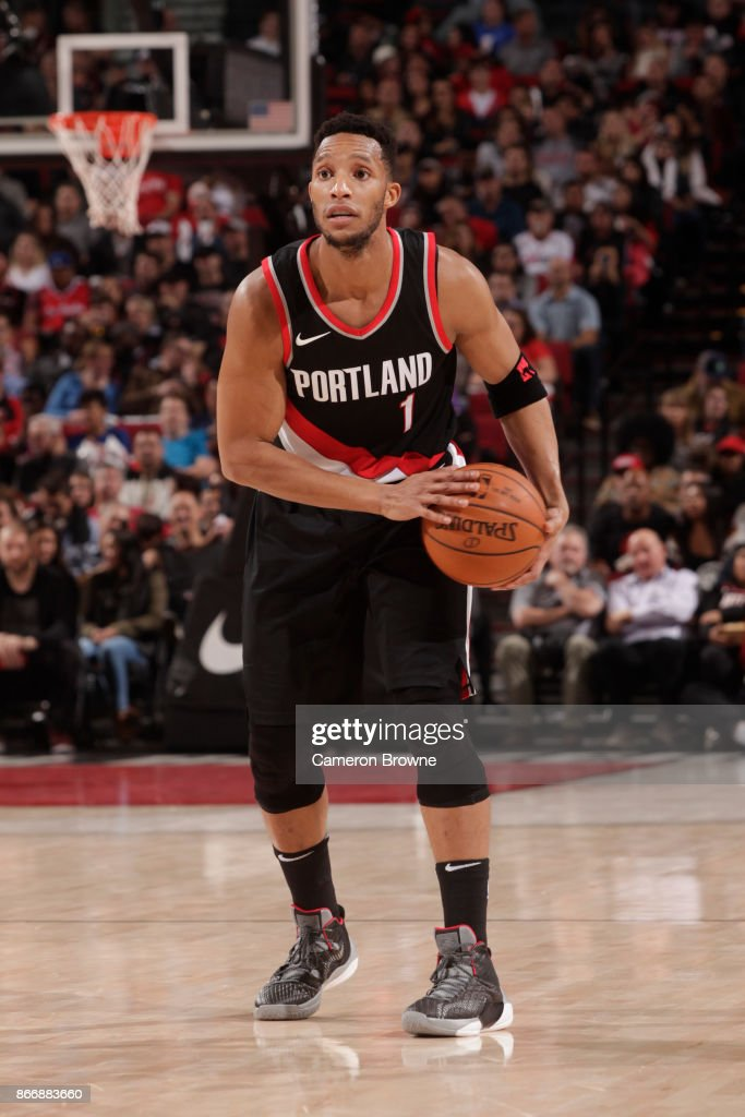 Los Angeles Clippers v Portland Trail Blazers : News Photo