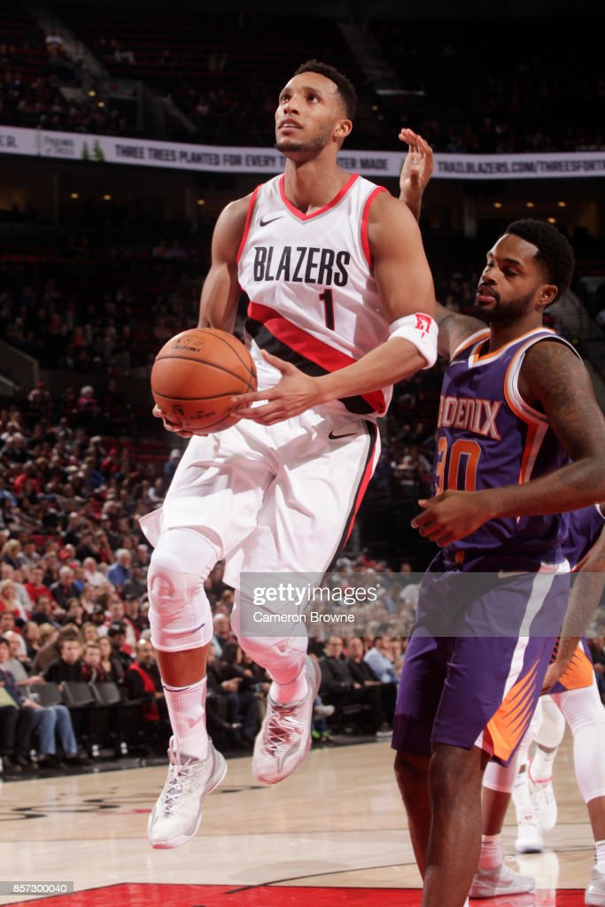 Phoenix Suns v Portland Trail Blazers : News Photo