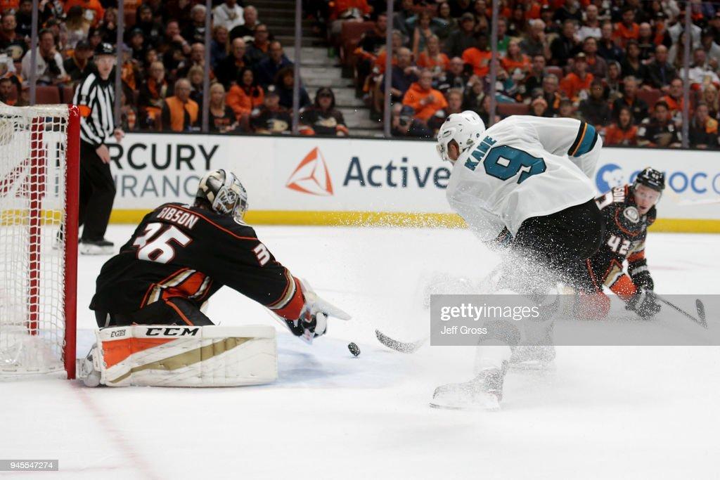 San Jose Sharks v Anaheim Ducks - Game One : News Photo