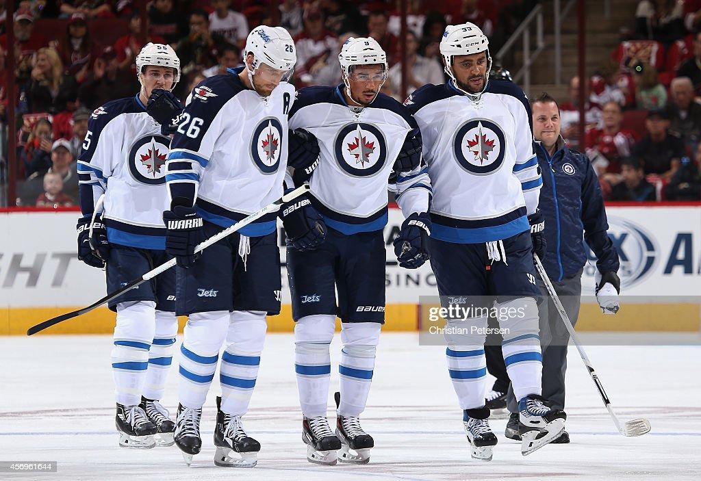 Winnipeg Jets v Arizona Coyotes : News Photo