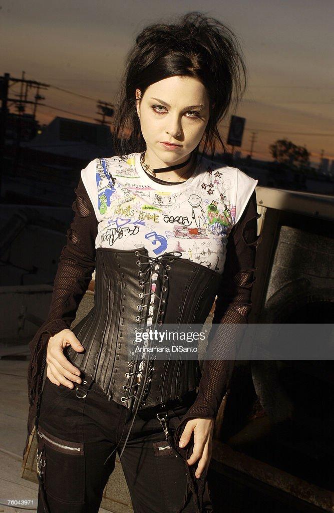Evanescence Photo Session : News Photo