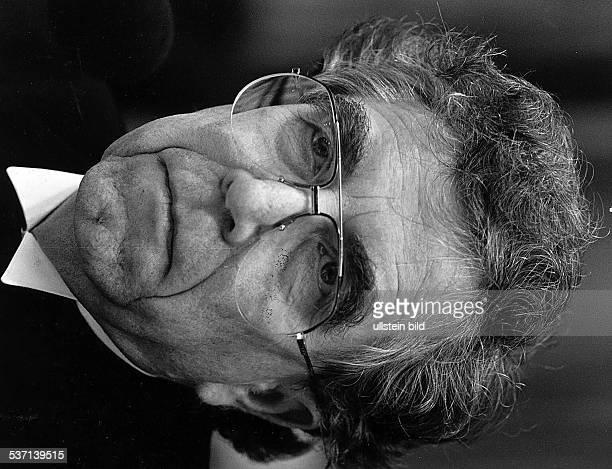 Evang. Bischof von Berlin und, Vorsitzender des Rates der Evangelischen, Kirche in Deutschland , - 1988
