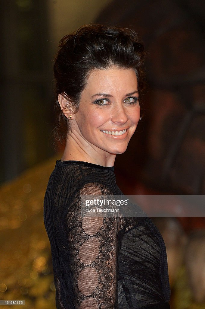 Evangeline Lilly attends the German premiere of the film 'The Hobbit: The Desolation Of Smaug' (Der Hobbit: Smaugs Einoede) at Sony Centre on December 9, 2013 in Berlin, Germany.