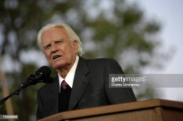 Evangelist Billy Graham preaches during his New York Crusade at Flushing Meadows Park on June 24 2005 in Queens New York Graham has preached the...