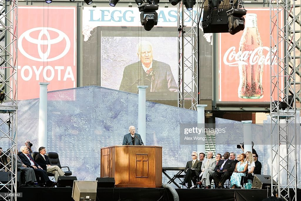 Evangelist Billy Graham preaches during the Metro Maryland 2006 Festival July 9, 2006 at Oriole Park at Camden Yards in Baltimore, Maryland. Franklin Graham, son of Billy Graham, led the three-day-program filled with music, prayers and gospel messages.