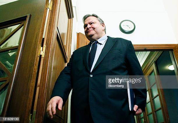 Evangelos Venizelos, Greece's finance minister, arrives for a cabinet meeting at the Greek parliament in Athens, Greece, on Sunday, Nov. 6, 2011....
