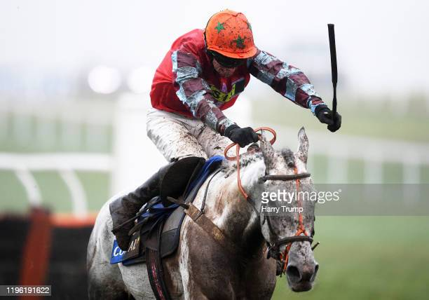 Eva's Oskar ridden by Alan Johns on their way to winning The Smart Money's On Coral' Handicap Hurdle at Chepstow Racecourse on December 27, 2019 in...