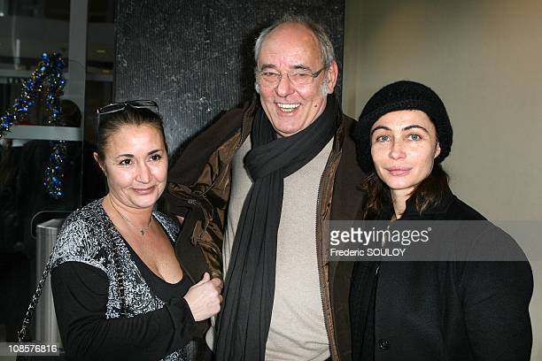 Eve Beart Maxime Le Forestier and Emmanuelle Beart in Paris on December 21 2008