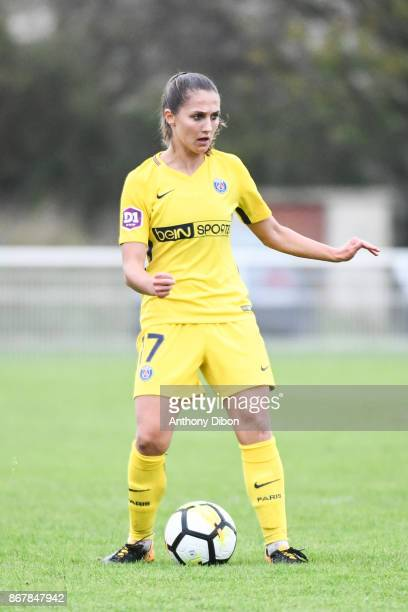 Eve Perisset of PSG during the women's Division 1 match between Fleury and Paris Saint Germain on October 29 2017 in Fleury France