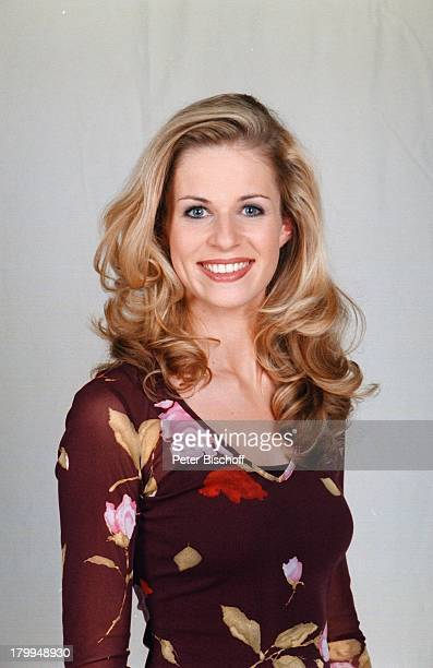 Eve Scheer Porträt SchauspielerinUnter uns RTLSerie