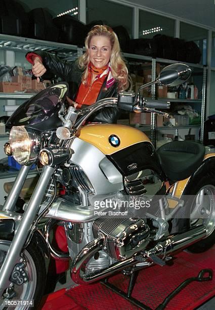 Eve Scheer Privatreportage RTL Unter uns München BMW Motorrad Lederjacke