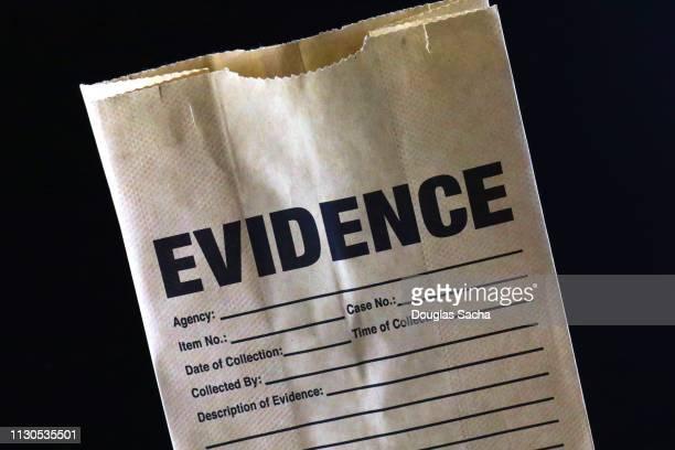 evedence bag used by law enforcement criminal investigation - 証拠 ストックフォトと画像