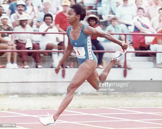 Evelyn Ashford races circa 1980s
