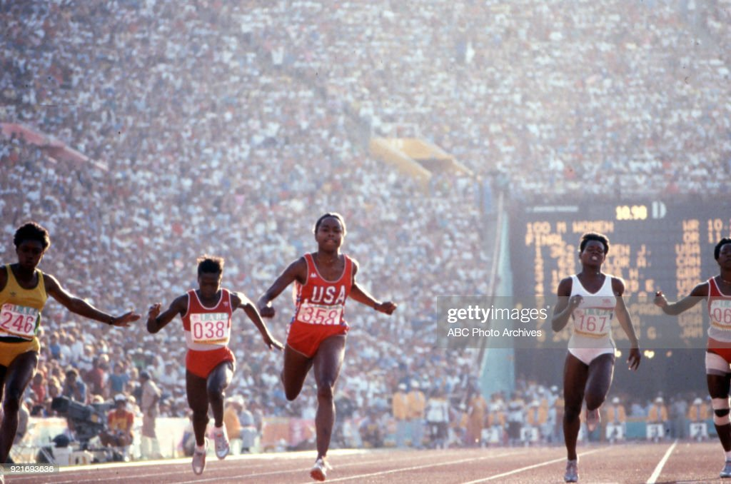 Women's Track 100 Meters Competition At The 1984 Summer Olympics : Foto di attualità