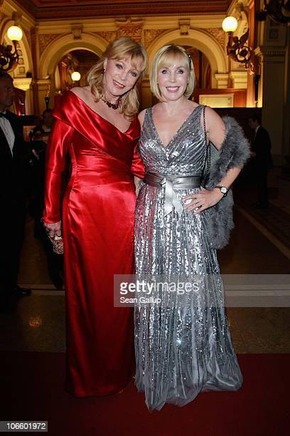 Evelyn Bresser and Heike Maurer attend the Sportpresseball 2010 at Alte Oper on November 6 2010 in Frankfurt am Main Germany