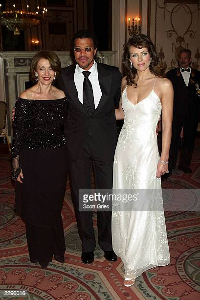 Evelyn Lauder singer Lionel Richie and actress/model Elizabeth Hurley arrive at the Breast Cancer Research Foundation s 4th Annual Spring Gala at the...
