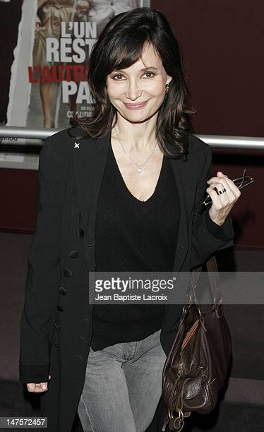 Evelyne Bouix during L'Un Reste L'Autre Part Paris Premiere at UGC in Paris France
