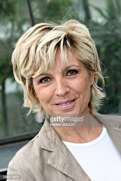 Evelyne Dheliat at press conference for the Earth Challenge in Paris France on May 24th 2005