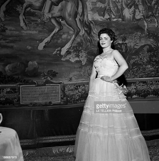 Evening At Countess Andre Of Contades Juillet 1953 Bal chez la comtesse André de Contades dans son hotel particulier rue Adolphe Yvon pour les 18 ans...